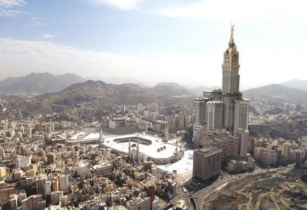 Th-Makkah-Clock-Royal-Tower-2